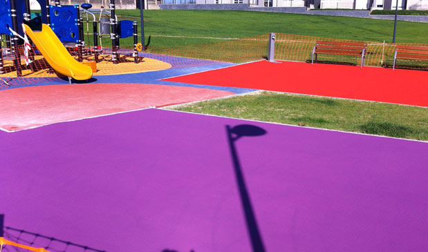 Parque infantil en Lasarte (Gipuzkoa)