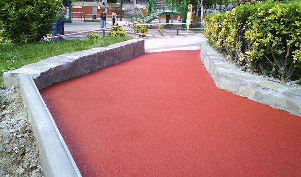 Acceso a parque en Ortuella (Bizkaia)